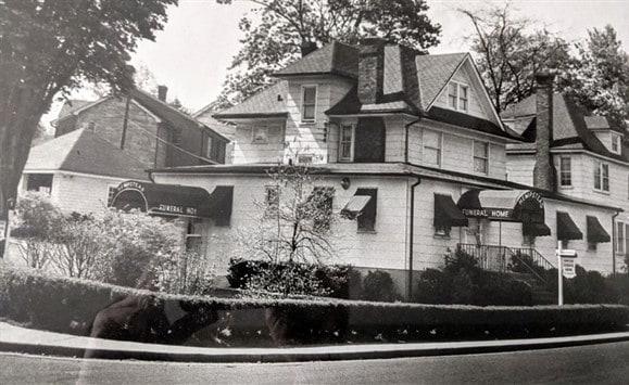 Smolenski Funeral Home 1910s